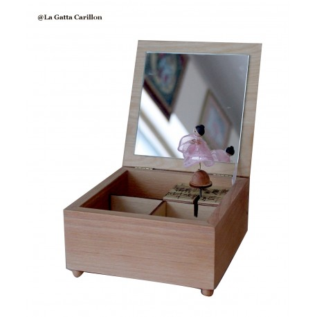ballerina custom musical jewelry box. Wooden music box with custom decoration, dedication and melody.