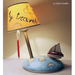 Collectible lamp musical box, with boat around the world. gift idea for boyfriends or girlfriend, anniversaries and birthdays.